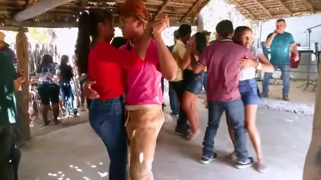 FESTA DO VAQUEIRO CHAPADA DO URUBU.mp4
